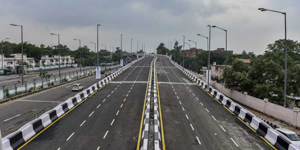 Kerala govt signs MoU with Centre for development of national highways