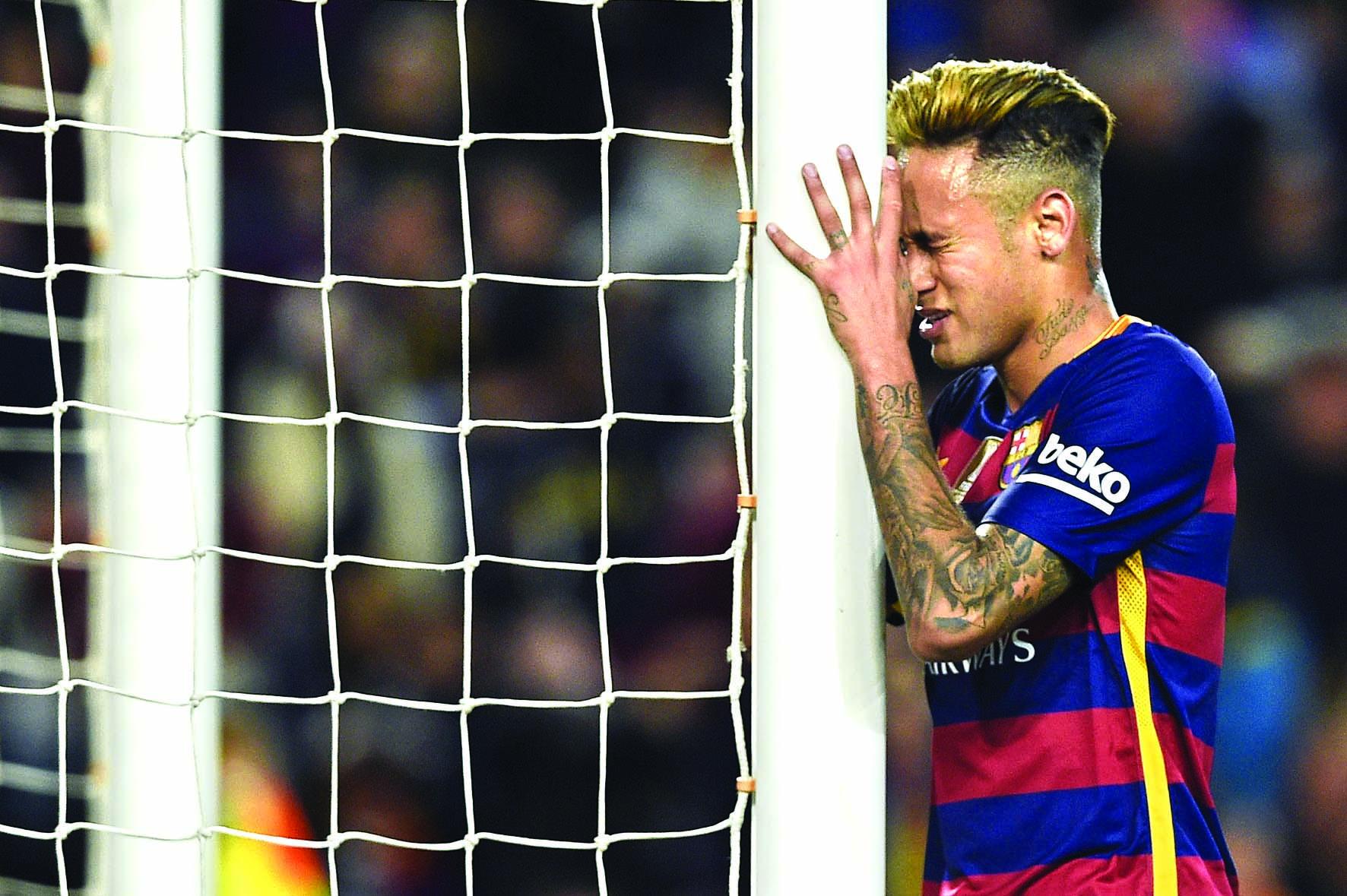 Neymar urges Brazil to find new identity