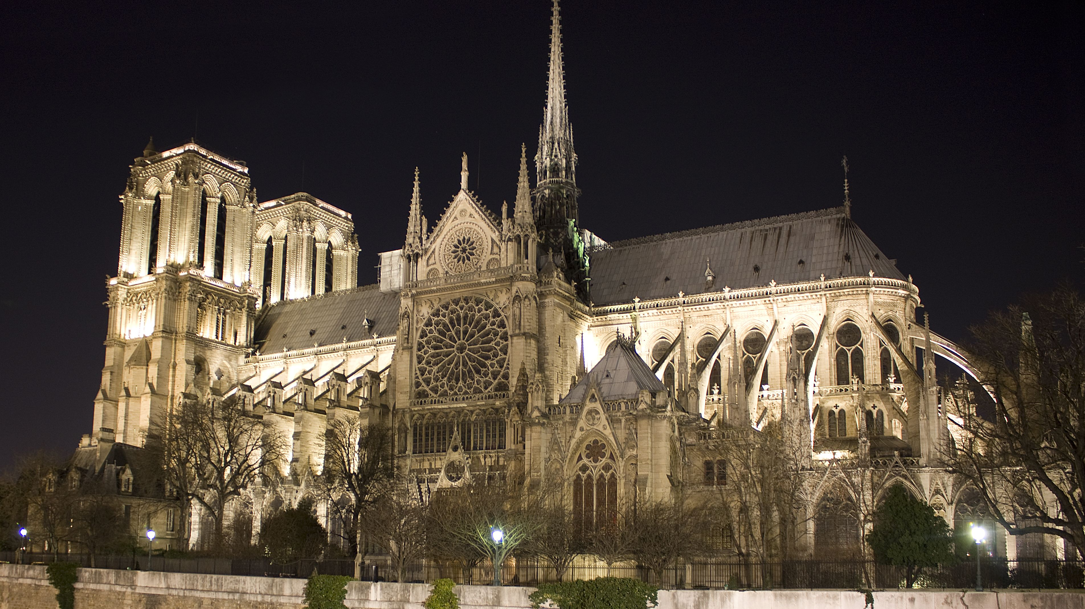 Notre Dame hailed as monument to the best of civilization