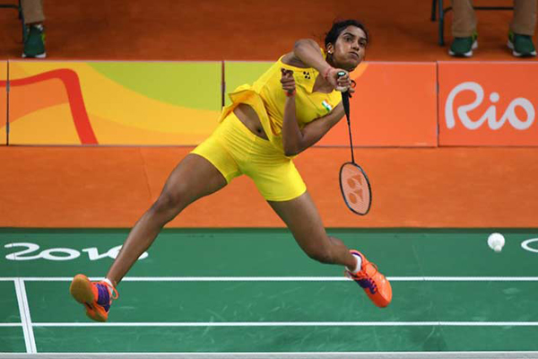 Singapore Open: Sindhu seals semifinal spot, Saina ousted
