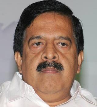 Gold smuggling through State airports has increased: Chennithala