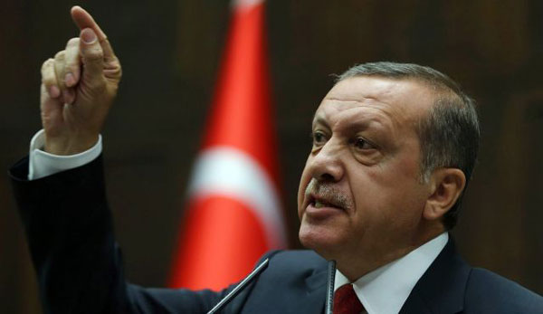 Erdogan rejects Russian accusation of illegal oil trade with IS