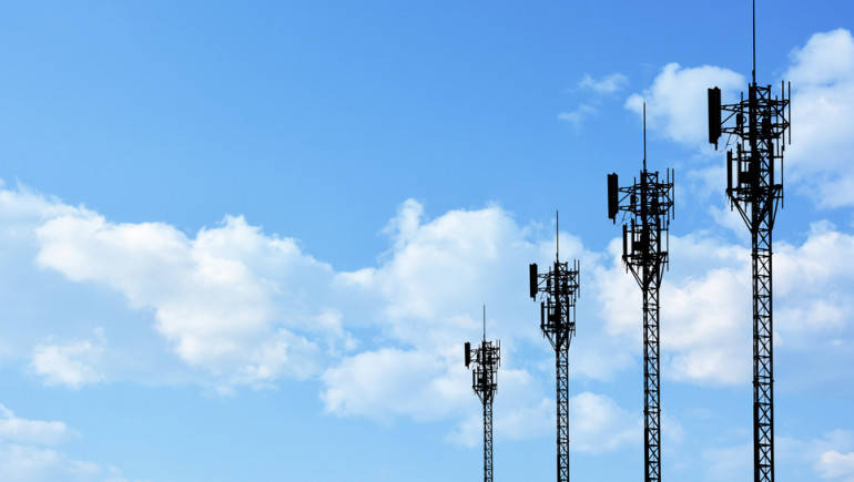 Govt plans to complete spectrum auction by Nov-end: Sources