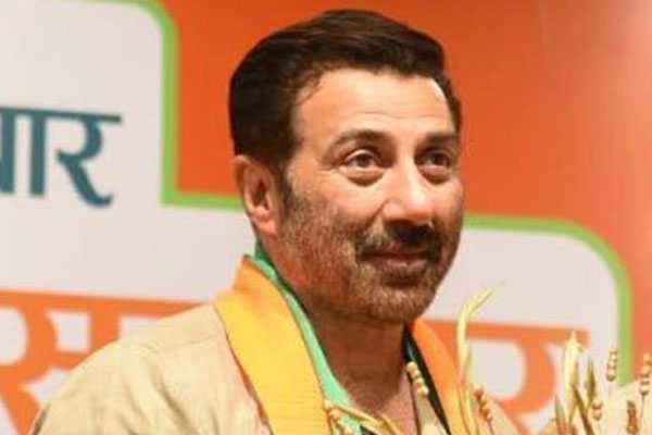 Sunny Deol prays at Golden Temple before filing nomination