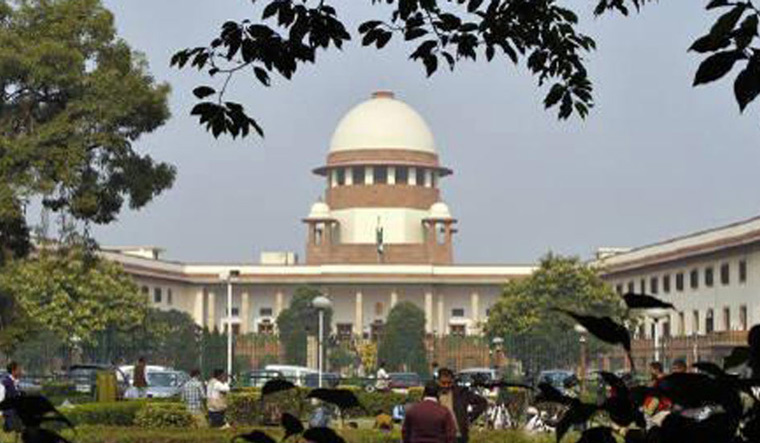 SC to hear pleas for review of Sabarimala verdict on Feb 6