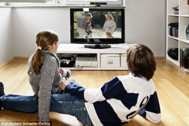 TV watching most strongly linked to obesity in kids: Study
