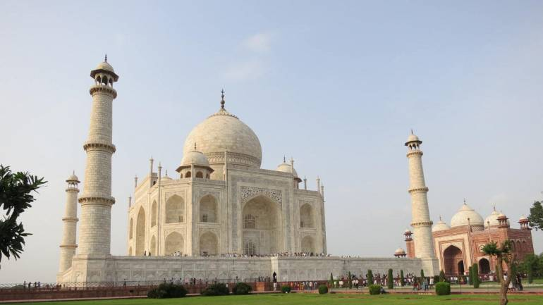 SC grants 4 more weeks to UP govt to submit vision document on Taj Mahal