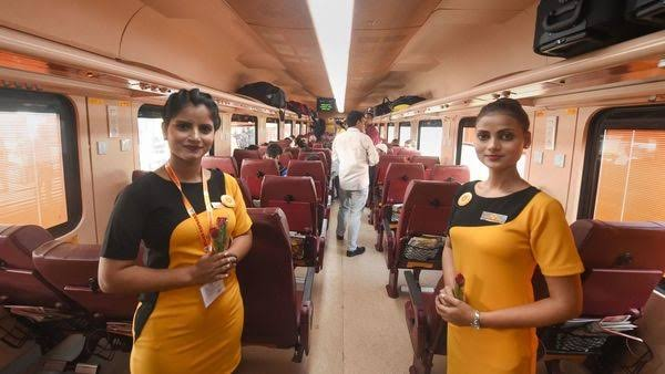 Ahmedabad-Mumbai Tejas Express flagged off