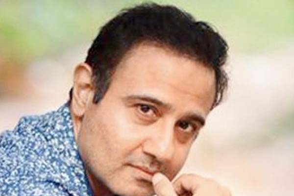 Not easy to step out of hero mould: Vivek Mushran