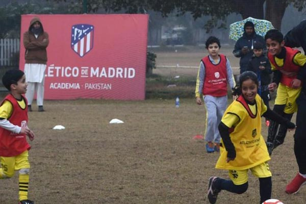 Atletico Madrid bring football to cricket-mad Pakistan