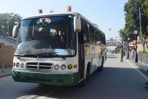 Cross LoC bus service suspended