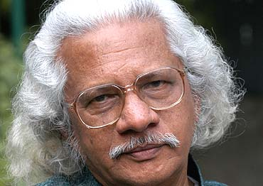Adoor suggests comedian award to be stopped