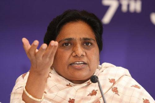 Mayawati slams SP government, again demands imposition of President's rule