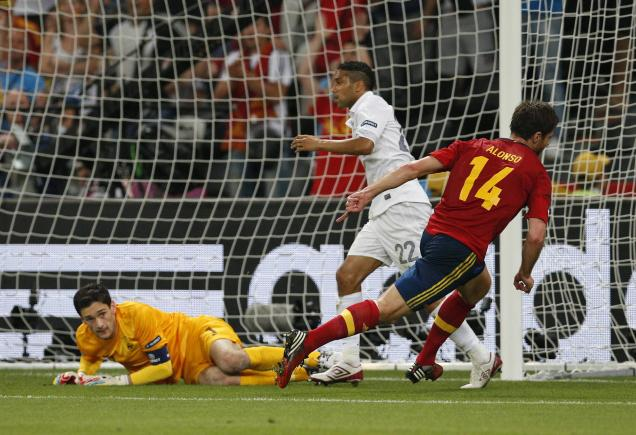 Alonso sends Spain past France, into Euro 2012 semis