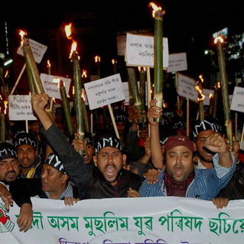 Tension continues over Dimapur lynching; SMS blockage extended