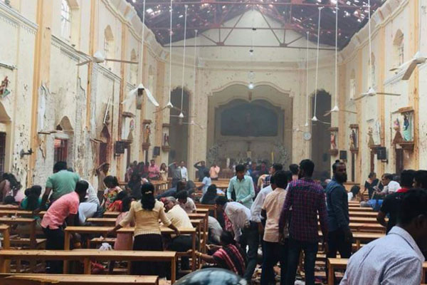 Explosions in Sri Lanka churches, hotels