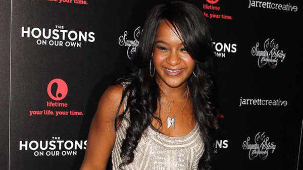 Whitney Houstons daughter dead at 22