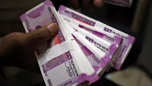 Centre to borrow Rs 4.88 lakh cr in April-Sept FY21