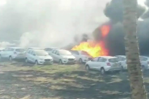 Fire Engulfs Over 150 Cars in Chennai Parking Lot Day After Blaze at Aero India 2019 in Bengaluru