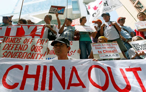 China rejects Hague Tribunal ruling against its South China Sea claims