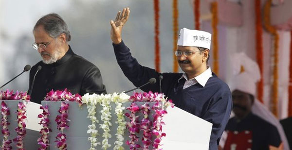 Kejriwal sworn in as Delhis chief minister