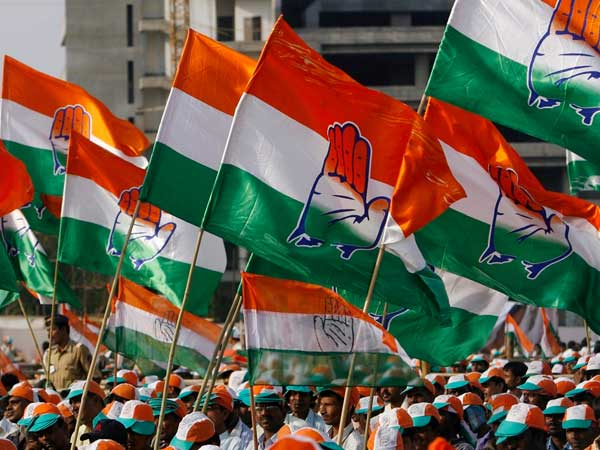 Congress leads in Rajasthan, trails in Telangana, stiff fight in MP