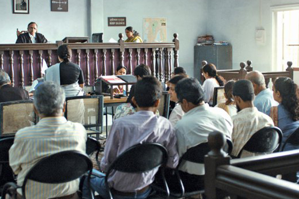 Bengal lawyers to cease work till Monday