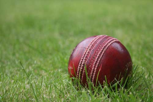 Kerala struggling at 196 for eight against Himachal