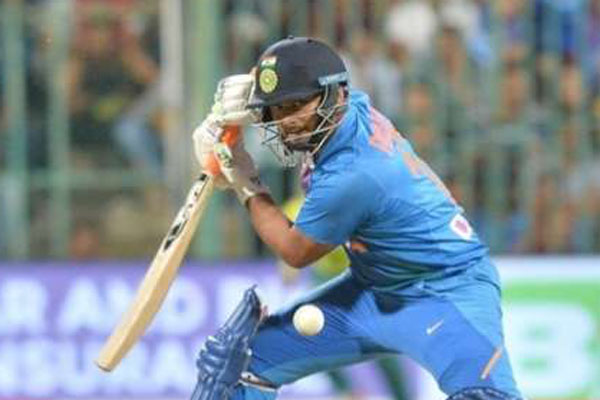 Pant looks to surpass Dhonis record in T20Is against WI