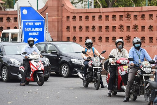 No bar on passenger count in autos, cars in Delhi