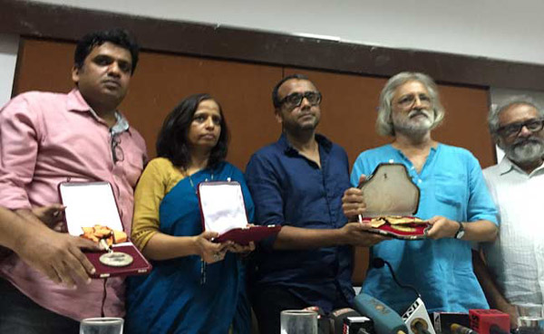10 more filmmakers return national awards