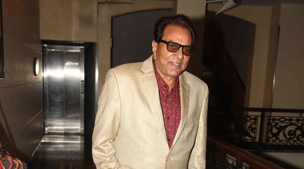 Theres beauty in a womans veil: Dharmendra