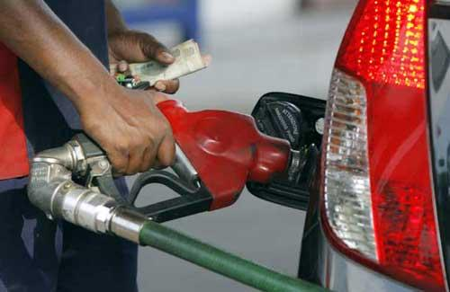 India raises gas price to $5.61 per unit, deregulates diesel
