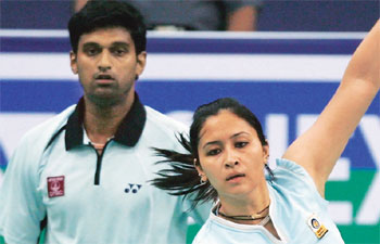 Olympic badminton: Kashyap in pre-quarters; Jwala-Diju out