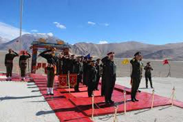 Indian and Chinese army hold border meetings in Ladakh