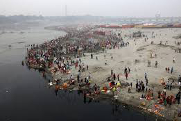 Glucose, milk poured into Yamuna to stress crisis