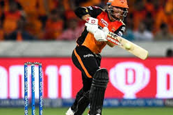 Warner signs off in style as SRH beat KXIP by 45 runs