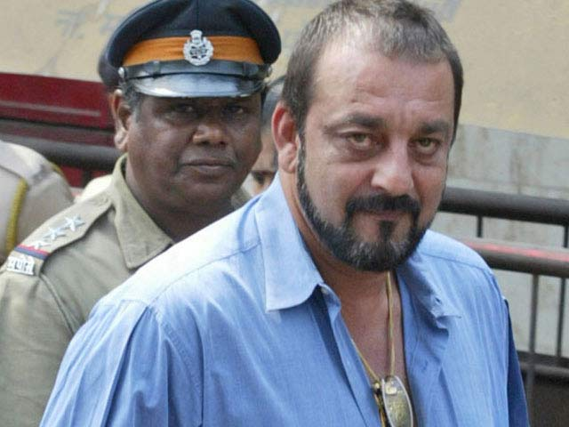 Sanjay Dutt should return to jail if rules were broken: Maharashtra government