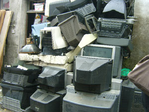 Govt to procure e-waste menace by paying money per kg