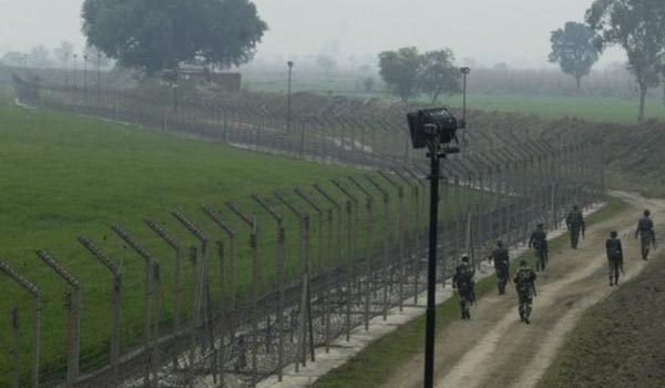 BSF officer, girl killed, 14 injured in Pakistani shelling