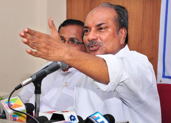Deliberate attempts to polarise Kerala on communal line: A.K Antony