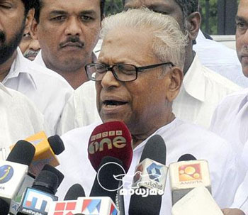 Party move to expel members wrong: Achuthanandan