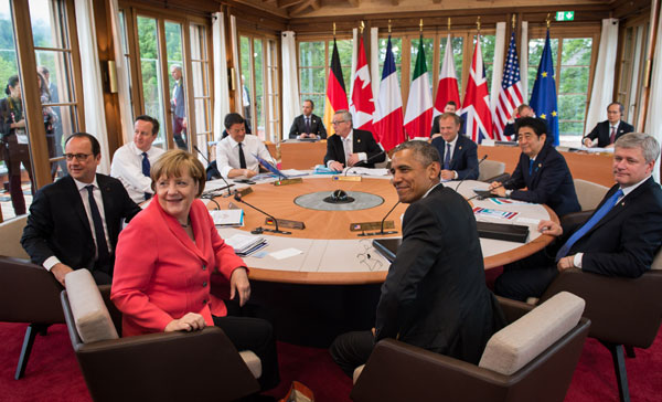 G7 leaders stress joint efforts to fight global economic risks