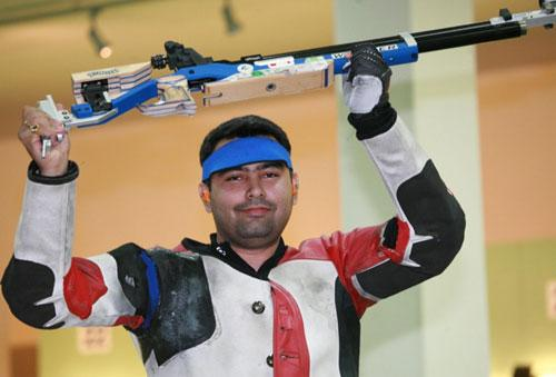Shooter Narang opens medal count for India, wins bronze