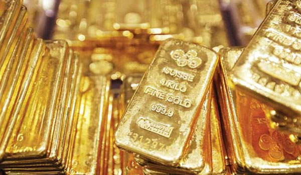 2 in custody for smuggling gold worth 8cr