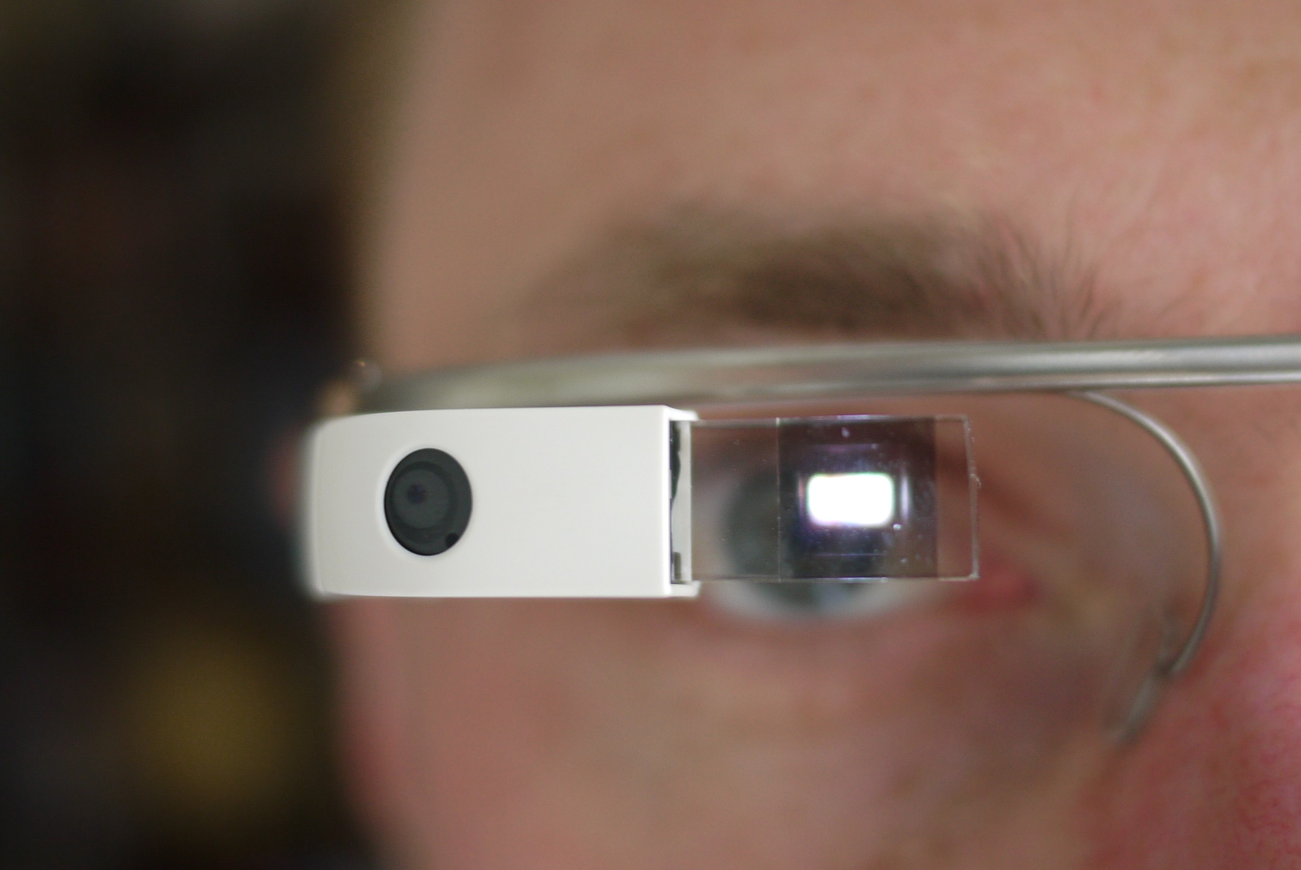 Google Glass App that delivers medical test reports!
