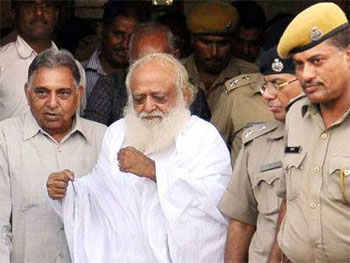 SC rejects Asarams bail plea