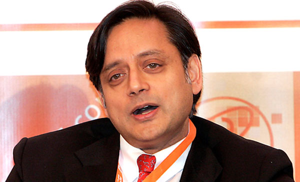 Shashi Tharoor quizzed by SIT for 7 hrs, Sunanda viscera sent to US