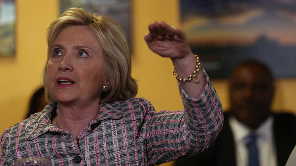 FBI document spurs new controversy over Clinton e-mails