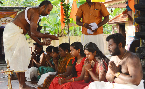VHP holds 'ghar wapsi' again in Alappuzha, say reports